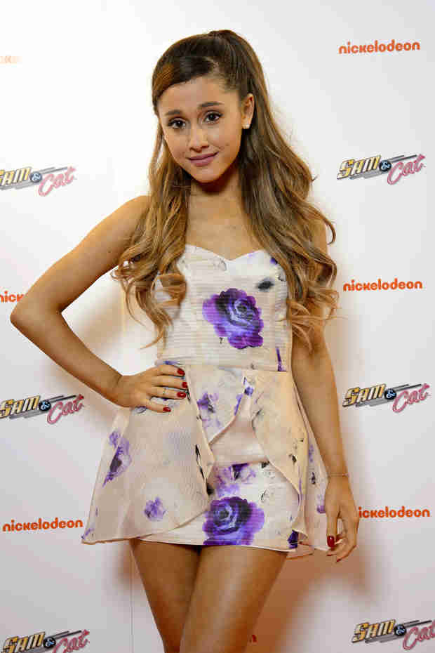 "Ariana Grande on Jennette McCurdy's Nickelodeon Feud: ""I Do NOT Make More Money"""