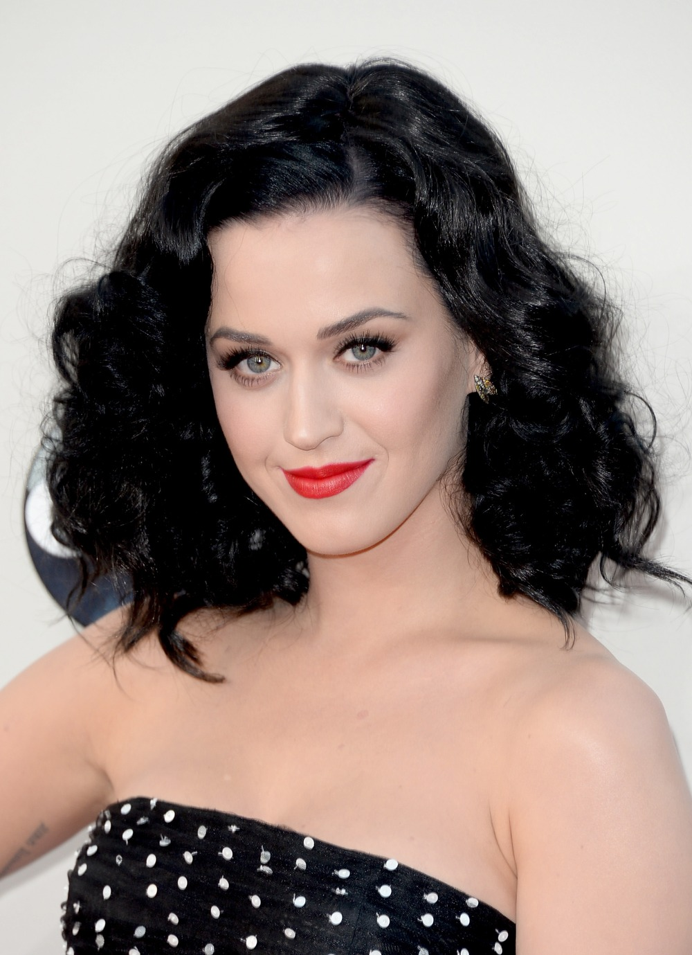 """Katy Perry and Diplo Look """"Super Affectionate"""" on Dinner Date in NYC — New Boyfriend? (VIDEO)"""