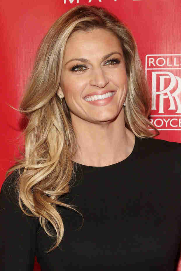 "Erin Andrews Responds to Rumors of ""Diva"" Behavior on Dancing With the Stars"