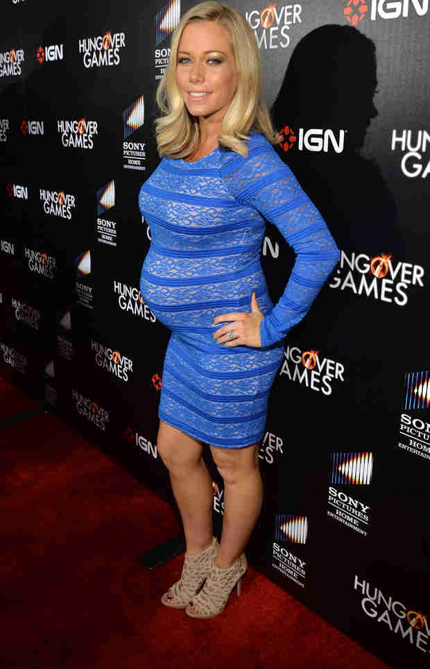 """Pregnant Kendra Wilkinson Is Feeling """"Very Jealous"""" — But Why?"""