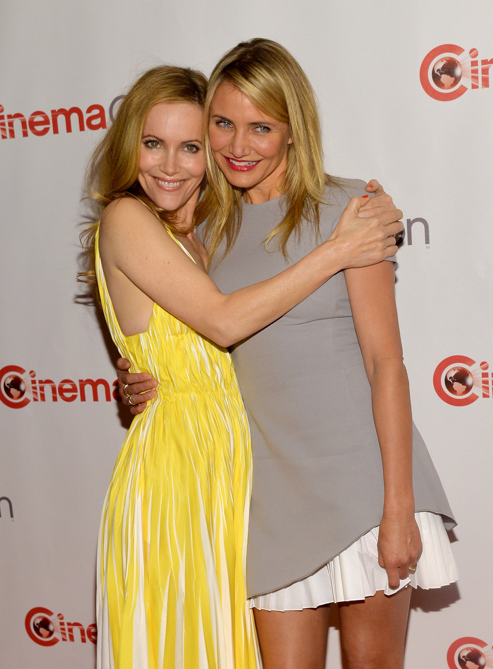 Has Cameron Diaz Ever Been With a Woman? (VIDEO)