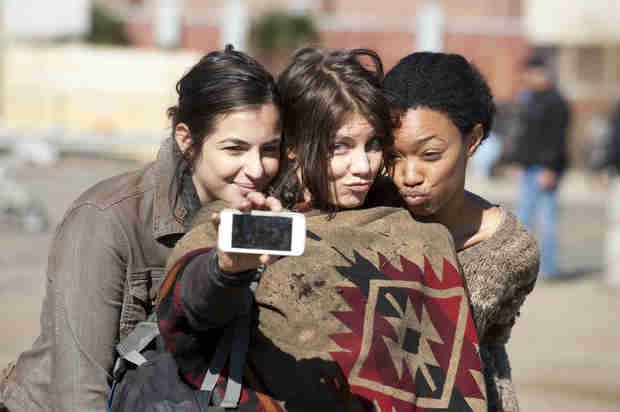The Walking Dead Cast Shares Season 4 Memories (PHOTOS)