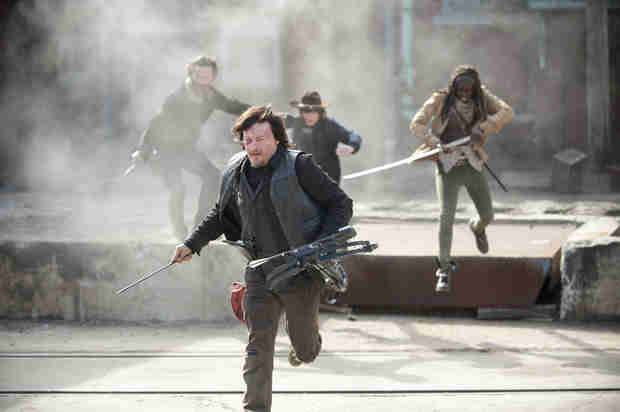"The Walking Dead Season 5: ""Big Shift"" Coming, Tone Will Be ""Very, Very, Very Intense"""