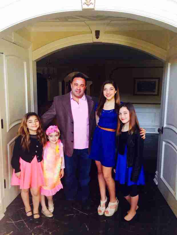 The Giudice Family Celebrates Easter — See the Girls' Cute Outfits!