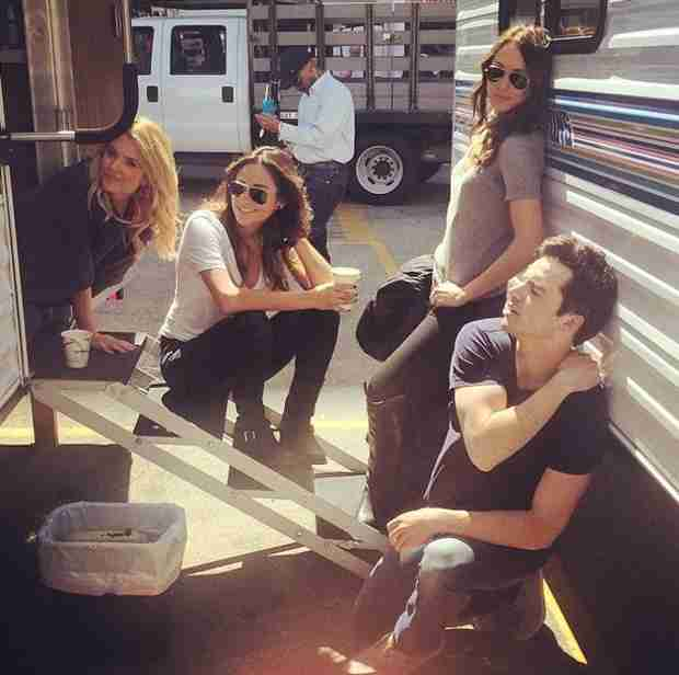 Pretty Little Liars Cast Strikes a Pose Behind the Scenes With Patrick J. Adams (PHOTO)