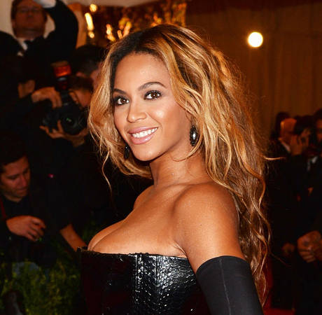Beyonce Encourages Black Teen Pregnancy, Says THIS Celeb
