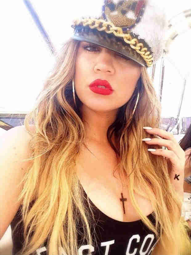 Did Khloe Kardashian Get Some New Ink? (PHOTOS)