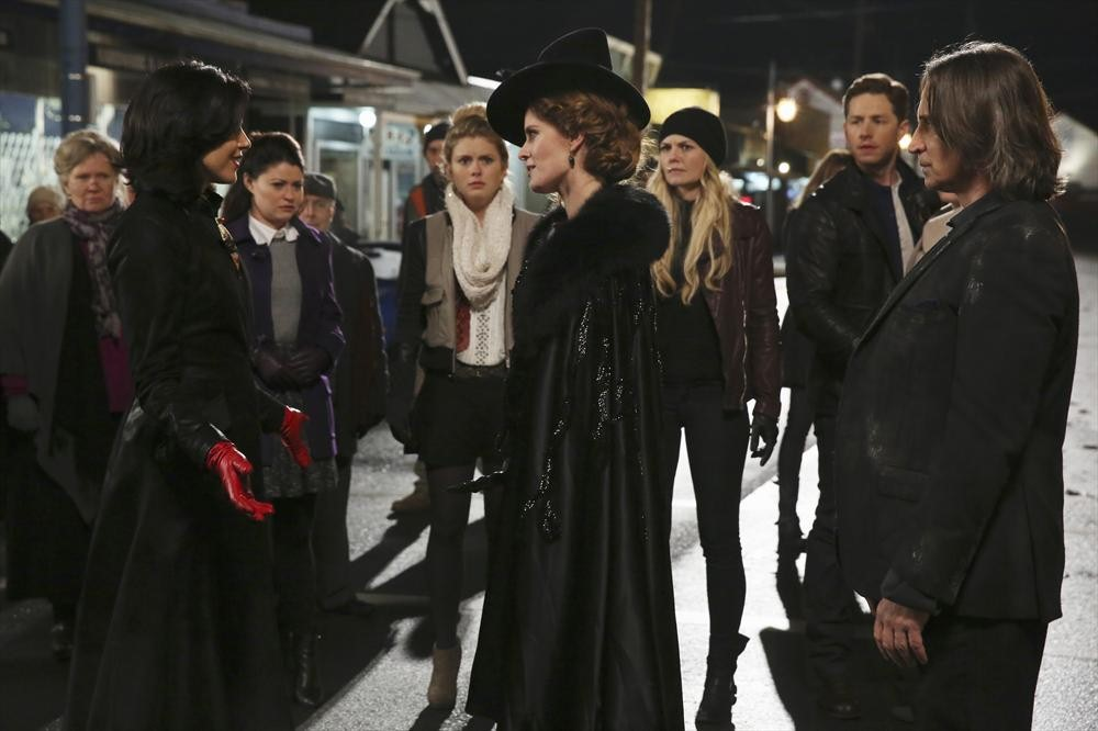 Once Upon a Time Season 3, Episode 16 Sneak Peek: Regina vs. Zelena