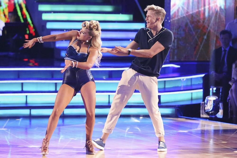 Dancing With the Stars 2014: Cody Simpson and Witney Carson's Week 5 Samba (VIDEO)