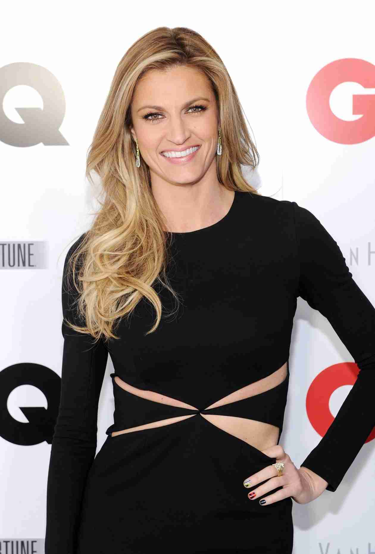 Dancing With the Stars 2014: Do You Like Erin Andrews as Host?