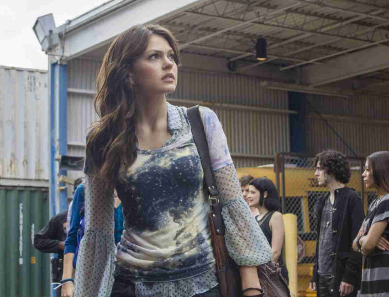 Star-Crossed: 5 Facts About Aimee Teegarden