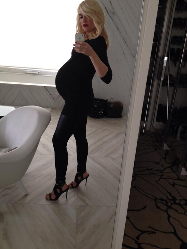See Gwen Stefani's Post-Baby Body Just Seven Weeks After Giving Birth! (PHOTO)