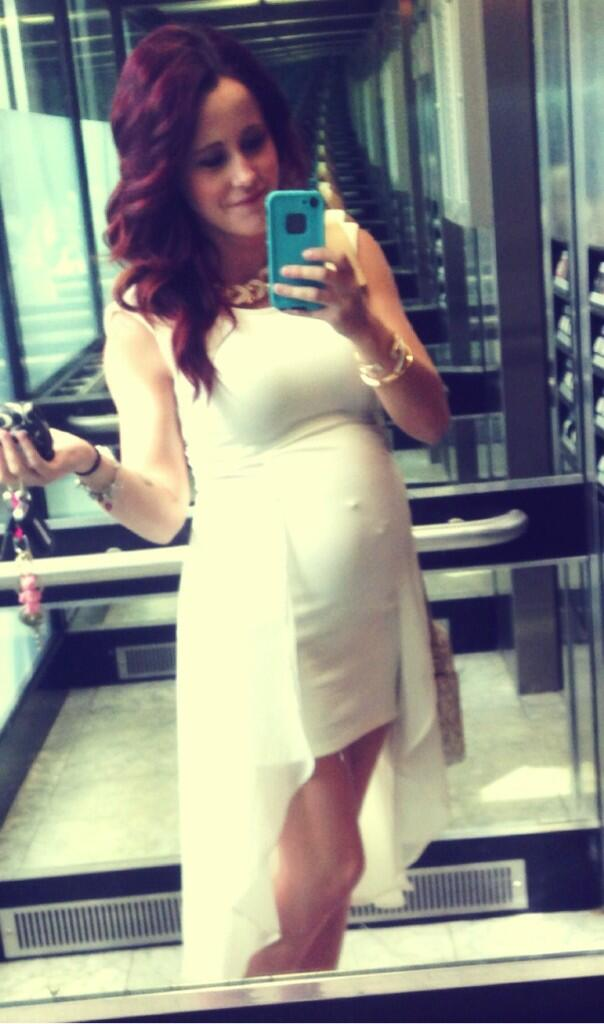 Jenelle Evans Bares Growing Baby Bump In a Sexy Bikini (PHOTO)