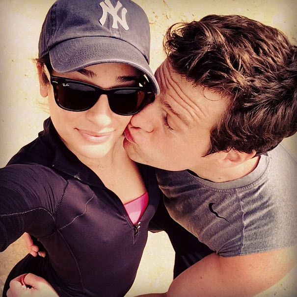 Lea Michele Gets a Kiss From Best Friend Jonathan Groff and It's Adorable (PHOTO)