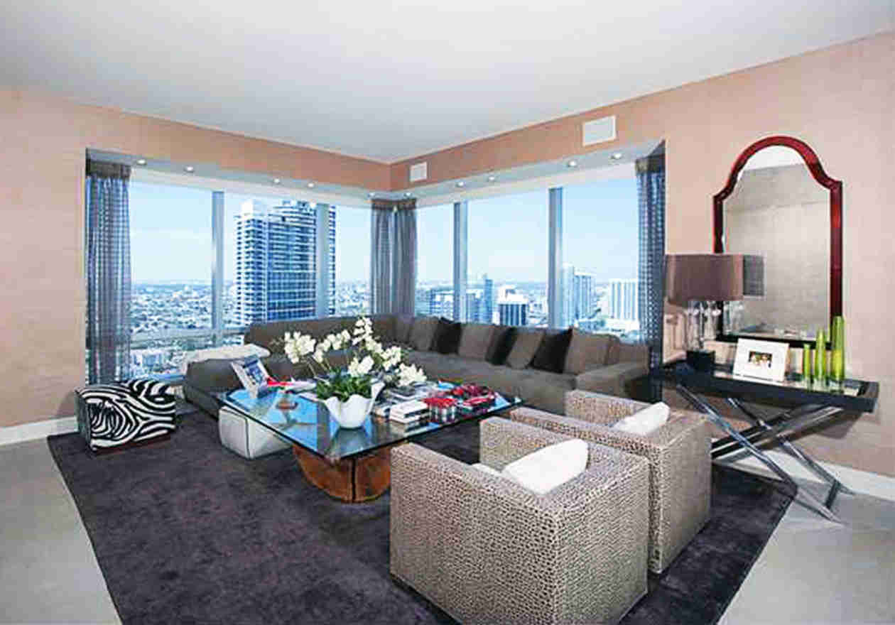Joanna Krupa Puts Miami Condo Up For Sale — Another Sign Real Housewives Is Canceled?