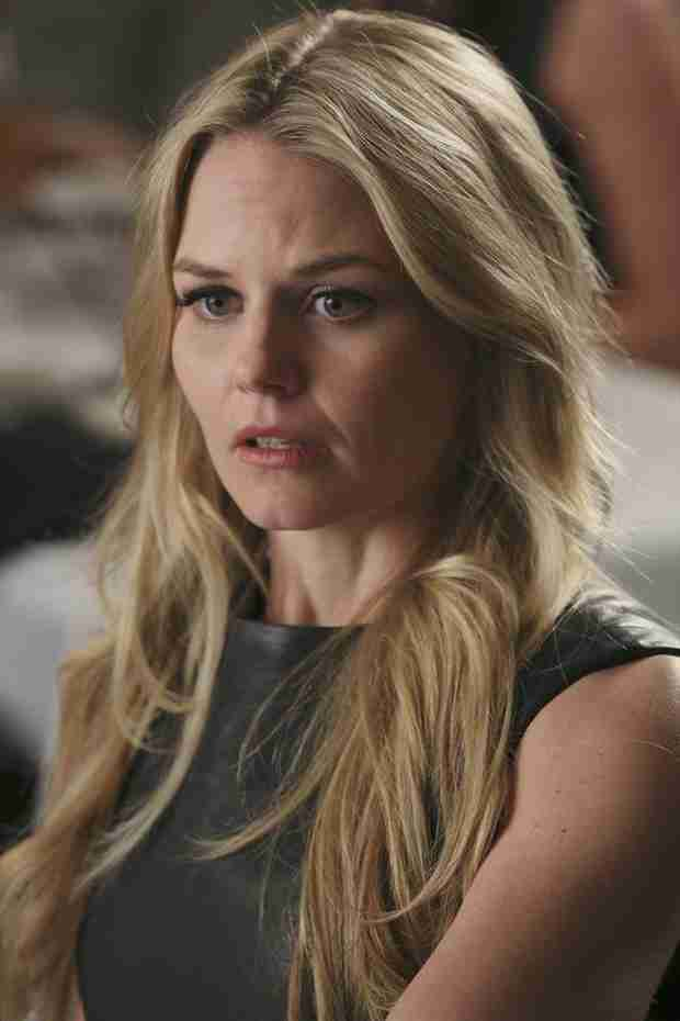 Once Upon a Time Season 3 Spoiler: Will Emma and Henry Move Back to New York?