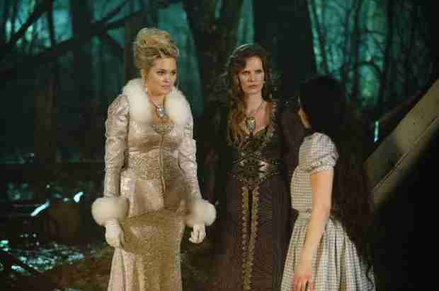 Once Upon a Time Ratings Fall Slightly With Season 3, Episode 20