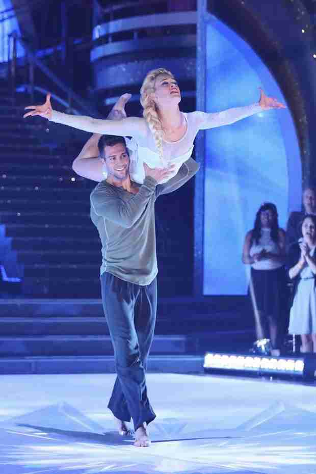 Dancing With the Stars 2014 Elimination: James Maslow Goes Home on Season 18 Finale, Night 1