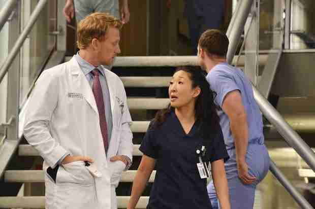 """Grey's Anatomy Recap: Season 10, Episode 22, """"We Are Never Getting Back Together"""""""