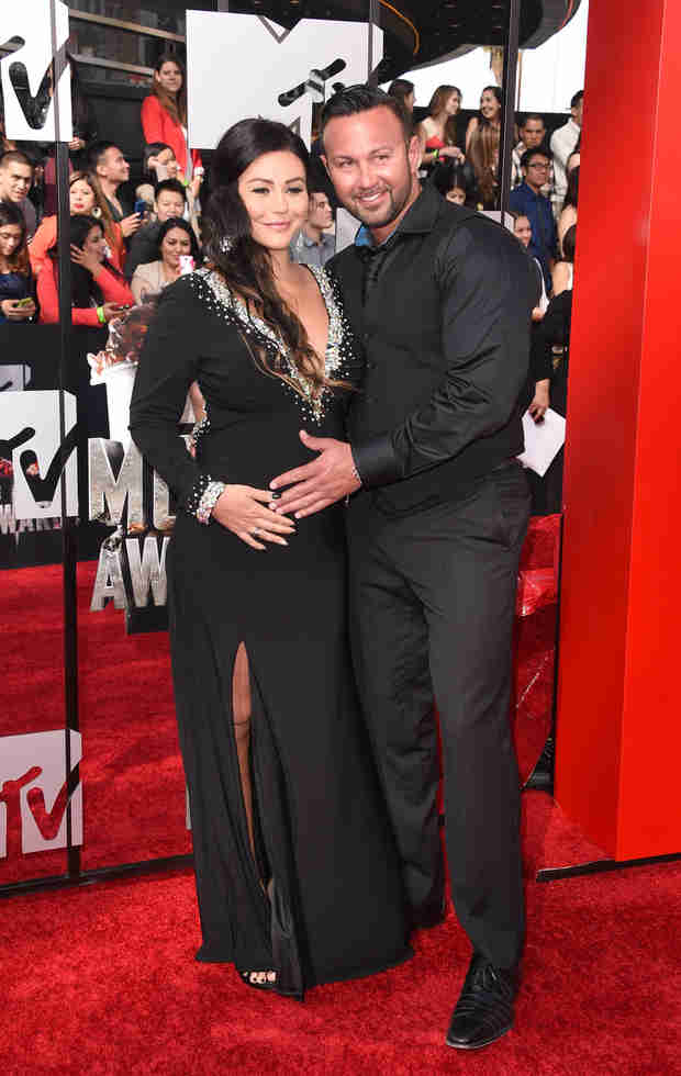 "JWOWW Dishes on Her and Roger's Sex Life During Pregnancy — ""It's Awkward!"""