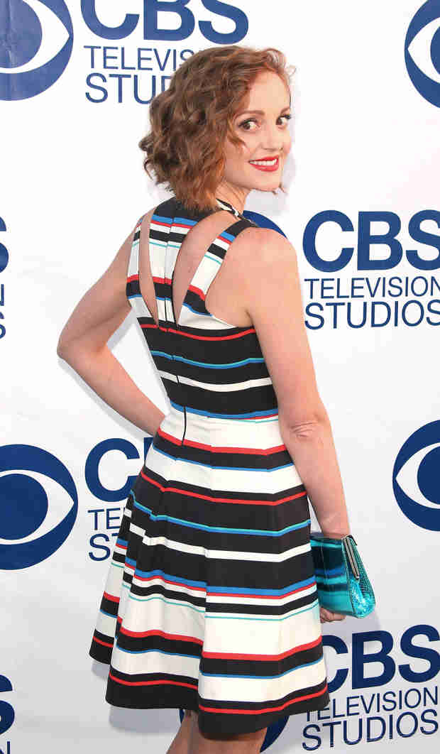 Jayma Mays Cuts Her Hair — See Her Cute New Bob! (PHOTOS)