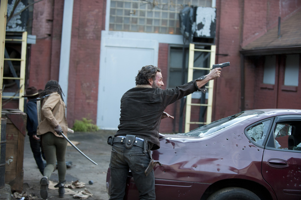 "The Walking Dead Season 5 Locations: ""We're on the Road"""