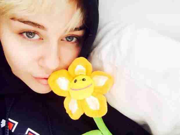Miley Cyrus Gets Emergency Restraining Order Against Fan — Report
