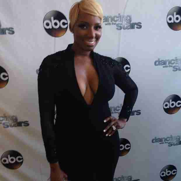 NeNe Leakes Shows Off Cleavage in Plunging Neckline Jumpsuit For DWTS Finale (PHOTO)