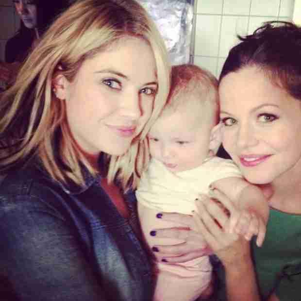 Ashley Benson Cuddles Up to Tammin Sursok's Daughter Phoenix on Pretty Little Liars Set (PHOTO)