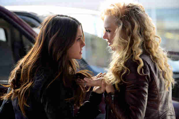 The Vampire Diaries Ratings Drop With Season 5, Episode 21