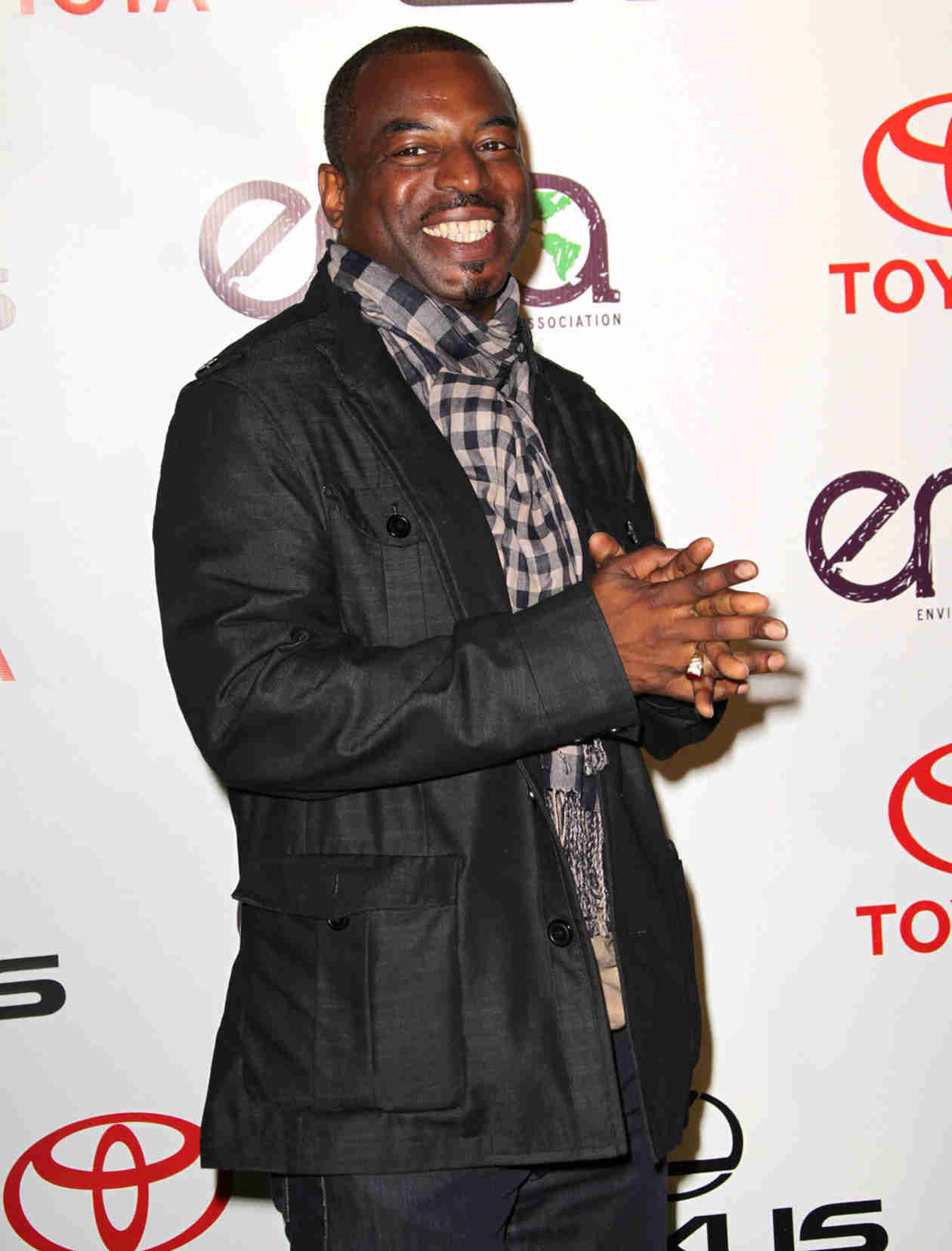 The Return of Reading Rainbow? LeVar Burton Needs Your Help to Make It Happen!