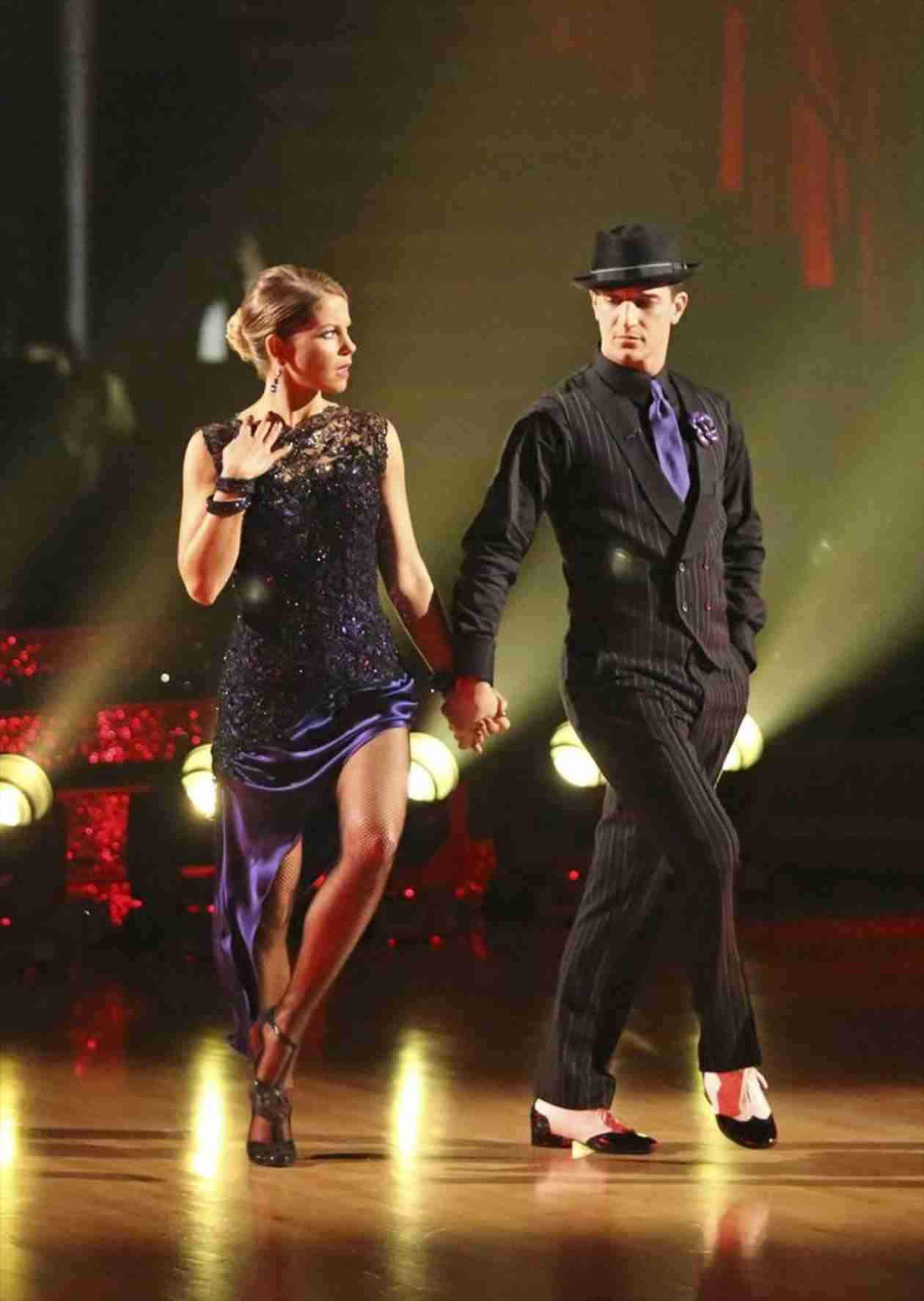 Dancing With the Stars 2014: Candace Cameron Bure and Mark Ballas's Week 9 Viennese Waltz (VIDEO)