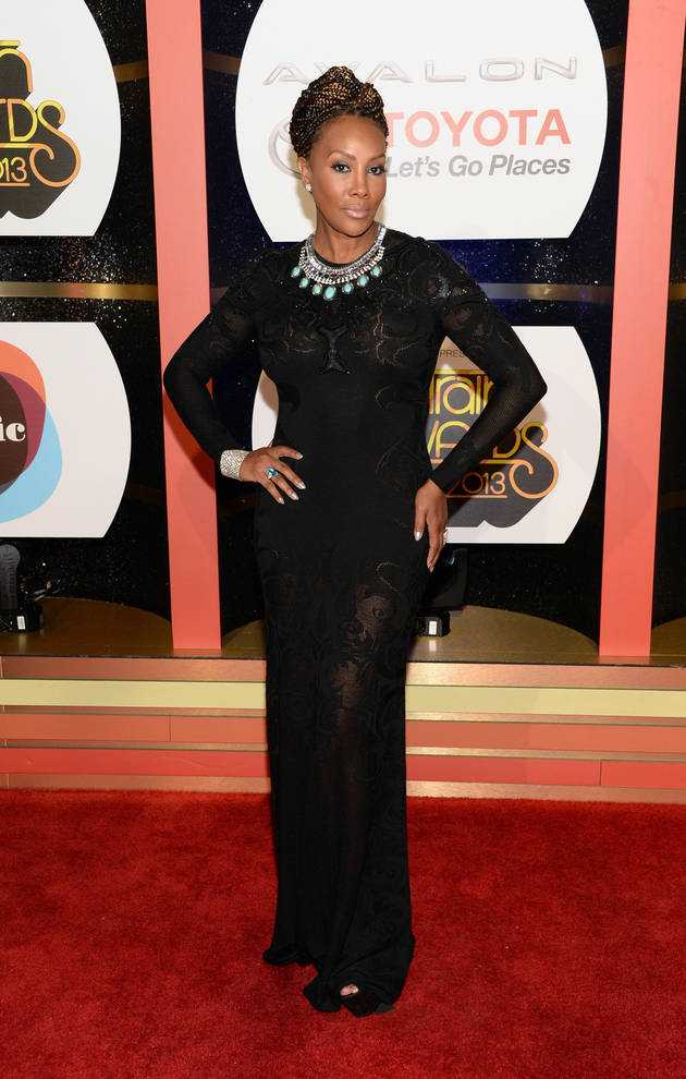 """Vivica A. Fox Calls Out Kenya Moore For Being a """"Lying Trick"""" Who Stole Her Phone!"""