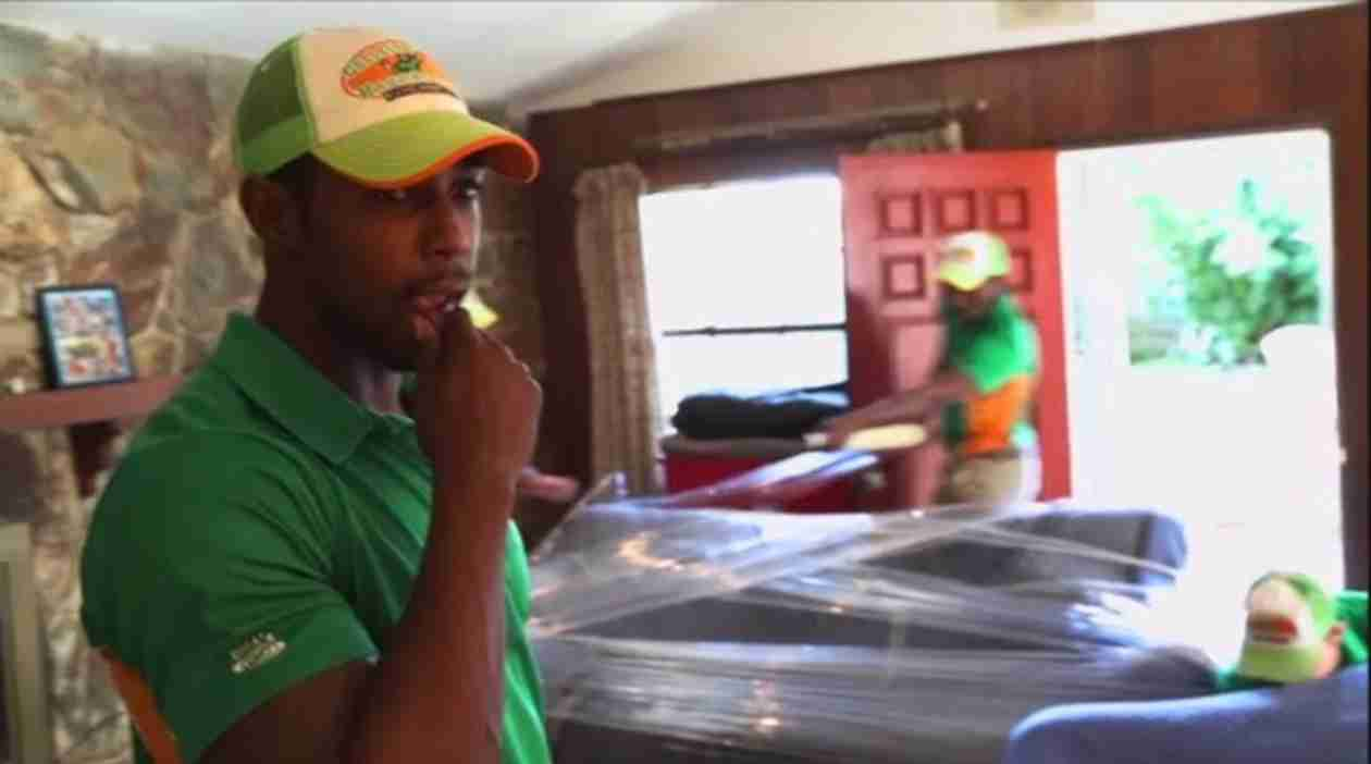 Jobs That Don't Suck Sneak Peek: Watch These College Hunks Haul Some Junk (VIDEO) — Exclusive