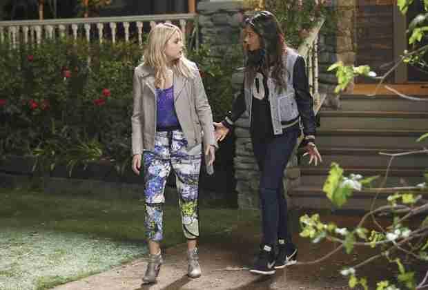 "Pretty Little Liars Spoilers: Writer Teases Season 5 ""Fantasy Scenes"""
