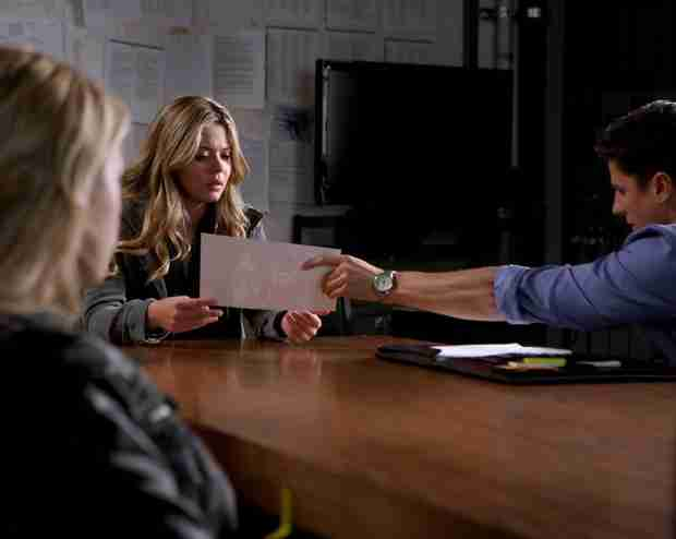 Pretty Little Liars Season 5, Episode 2 Review — Mrs. D's Body Is Found!