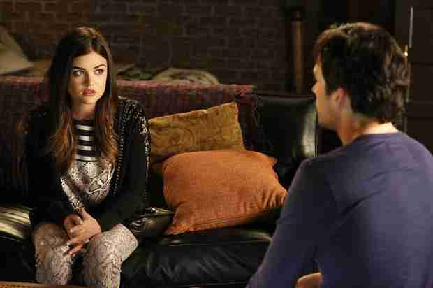 "Pretty Little Liars Season 5 Spoilers: Aria and Ezra Are ""Soul Mates"""