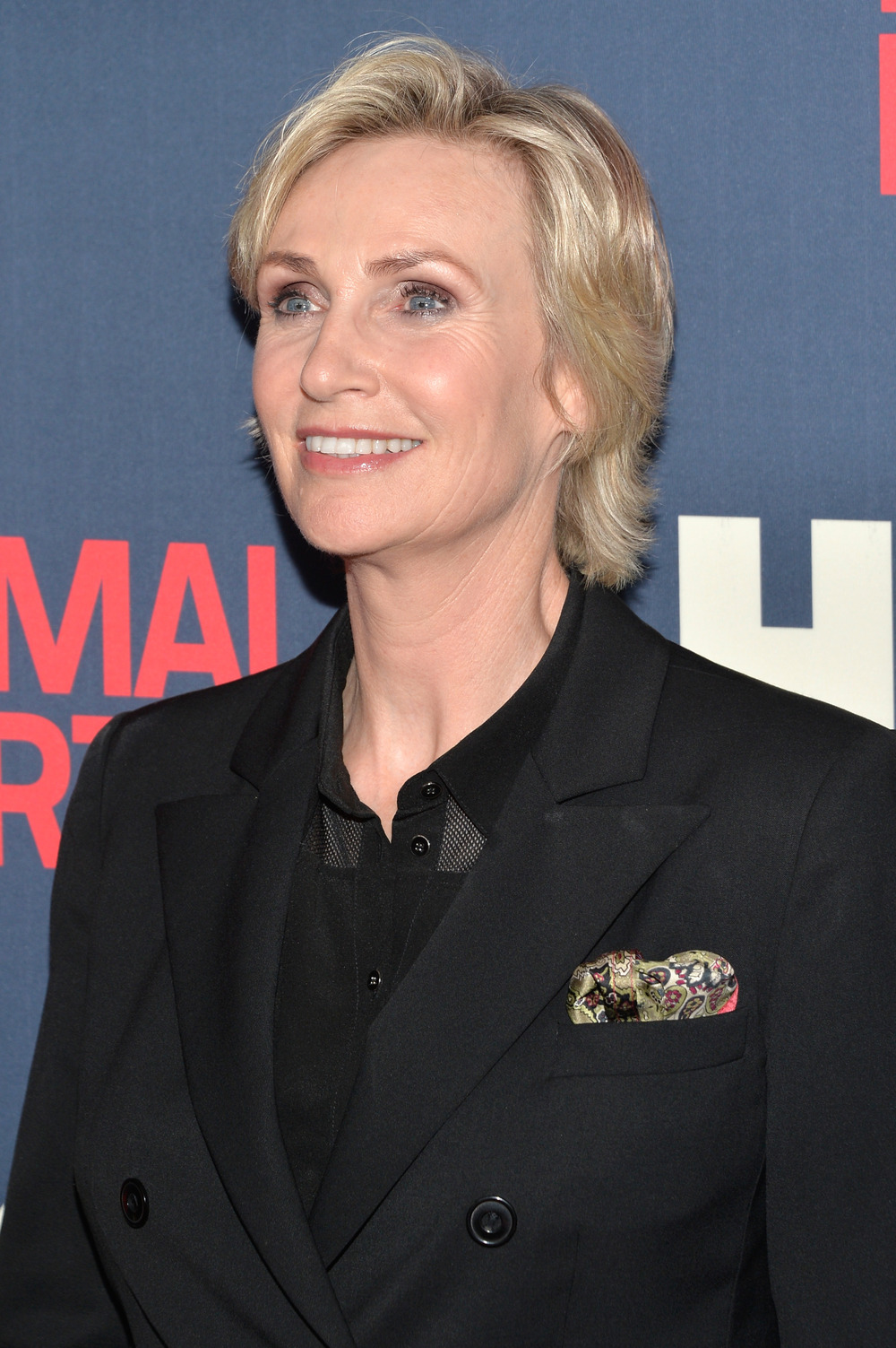 "Jane Lynch on Glee's Midseason Premiere: ""It's Going to Be Sad to Start the Mourning Process"