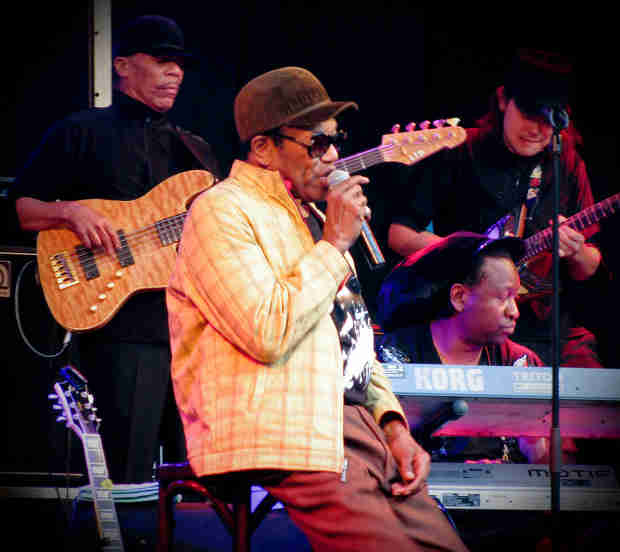 Bobby Womack, Rock and Roll Hall of Fame Singer, Dead at 70