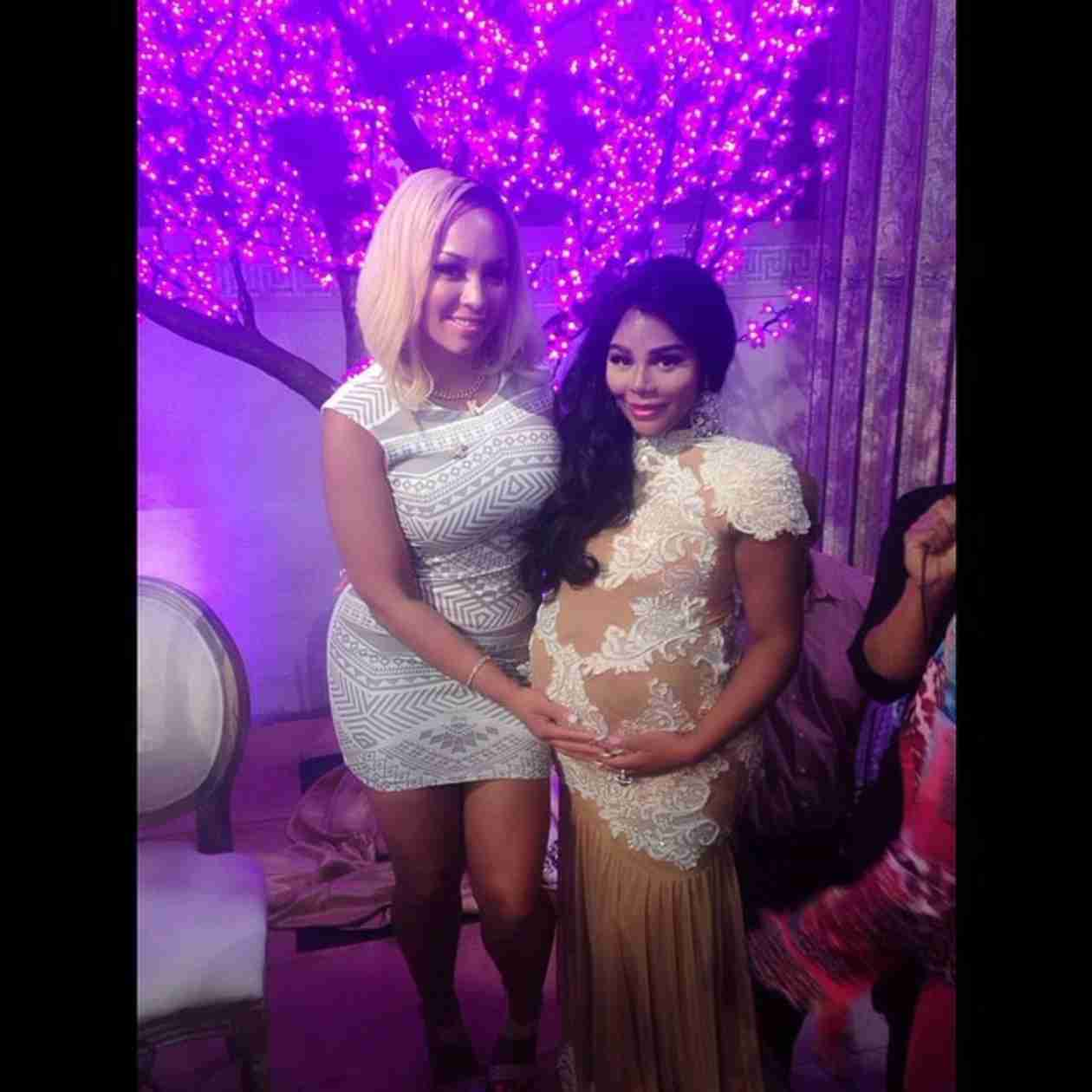 Lil Kim Welcomes Baby Girl — What's Her Name? (VIDEO)