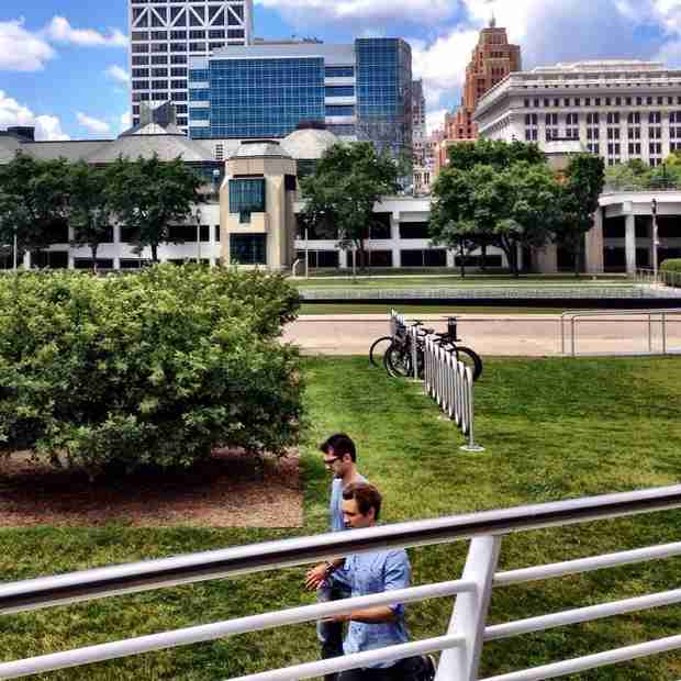 Bachelorette 2014's Nick Viall Spotted With Film Crew in Milwaukee — Why? (PHOTO)