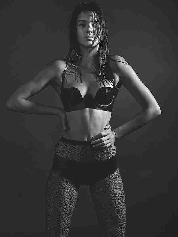 Kendall Jenner Poses for Love Magazine in Black Lingerie, Fishnets (PHOTO)