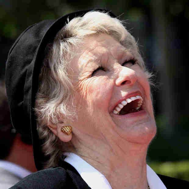 Elaine Stritch, Broadway Legend and 30 Rock Favorite, Dies at 89 (VIDEO)