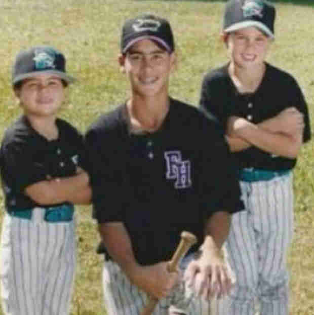 Josh Murray Shares Adorable Family Baseball #TBT — See Him Back in the Day! (PHOTO)