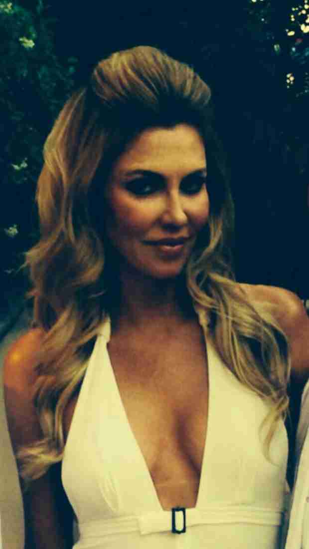 """Brandi Glanville Shows Off New """"Retro Hair"""" — Hot or Not? (PHOTO)"""