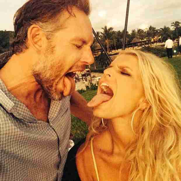 Jessica Simpson and Eric Johnson Share First Post-Wedding Selfie — See The Happy Couple Here! (PHOTO)