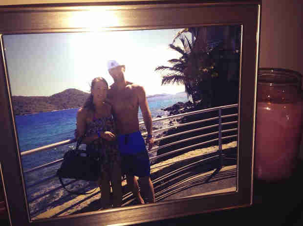 Bachelor's Jamie Otis Shares Pic From Her Honeymoon — Sweet or Strange? (PHOTO)