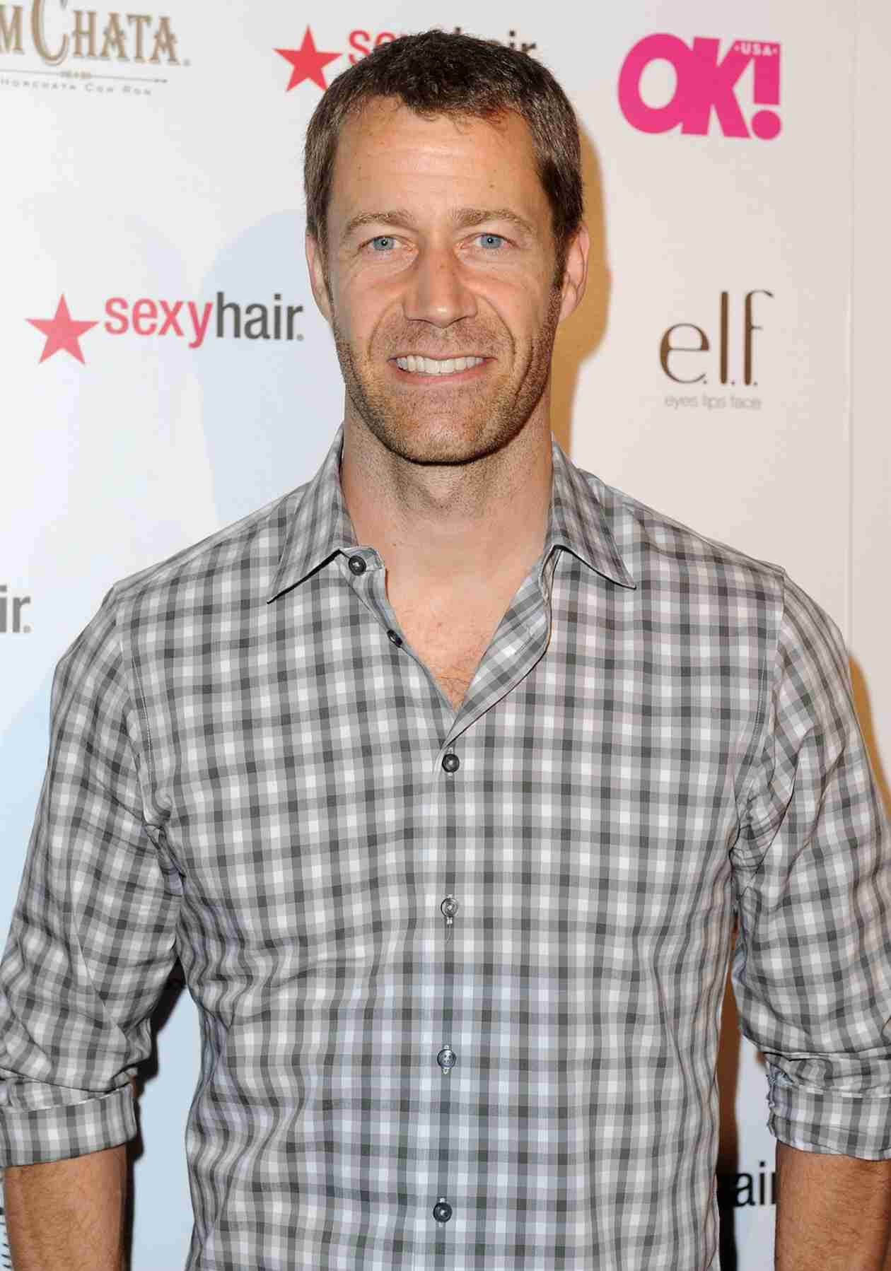 Vampire Diaries Spoilers: Colin Ferguson Already in Talks to Join The Flash?