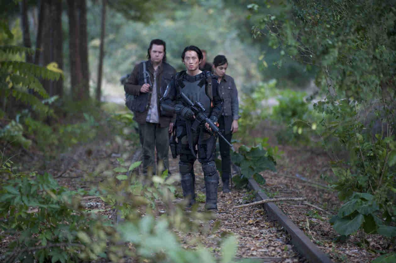 "The Walking Dead Season 5: Glenn ""Is His Own Leader"""