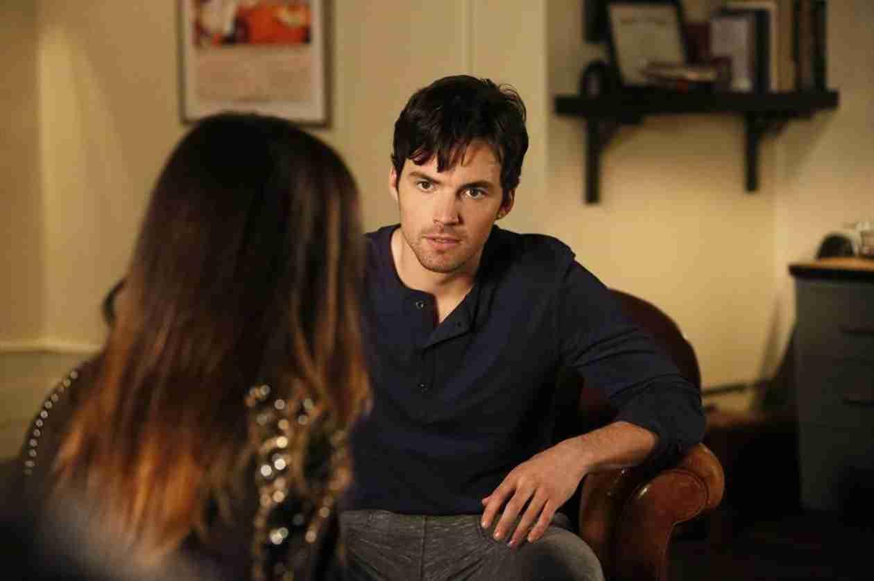 Pretty Little Liars Season 5, Episode 4 Review — Did Spencer's Dad Kill Ali's Mom?